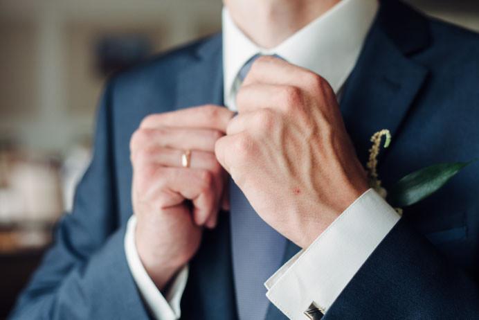 Avoiding a wedding drama