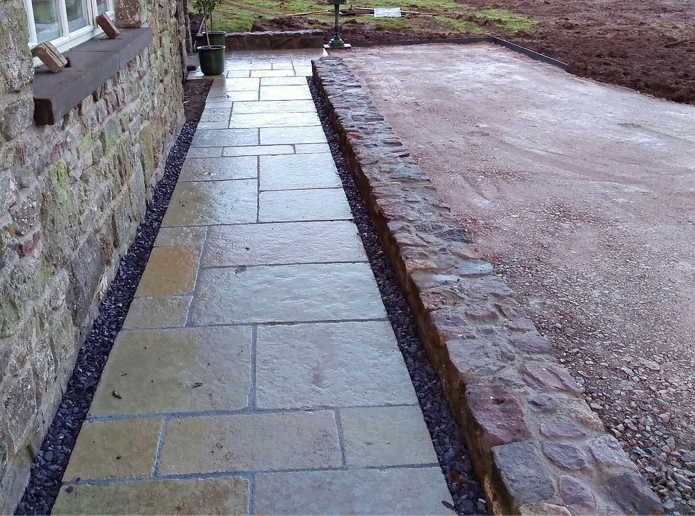limestone paving, patio, inset covers, drainage pipes, walling, dwarf wall, random stone, Monmouth, abergavenny