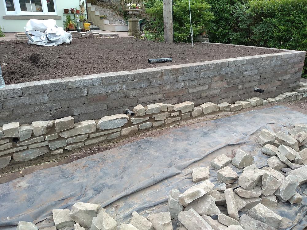 natural stone walling, block wall, retaining wall, steps