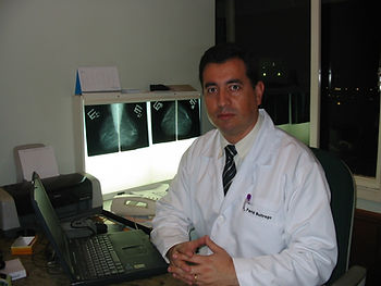 Dr. Farid Buitrago - Mastologista - Brasilia - DF