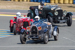 Bugatti-Type-43-Grand-Sport-1928-Vintage-Cars-Le-Mans-Classic