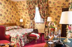 22339-Chateau-de-Gilly-chambre-superieur