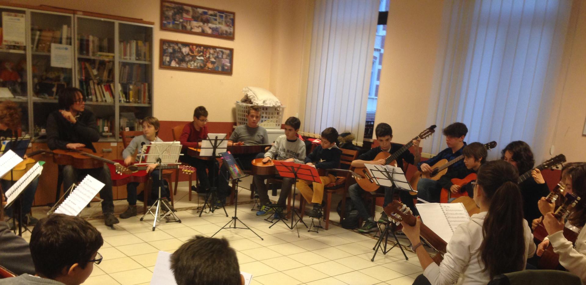 Prove generali concerto Natale 2016 sedeVia Dego Guitare Actuelle