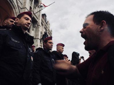 14confrontationmini.jpg