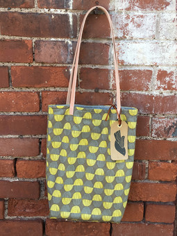 cotton tote with leather straps