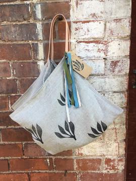 4 corner linen tote bag / hand printed