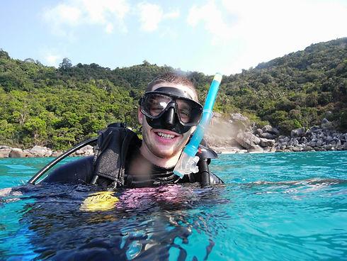 paul diving.jpg