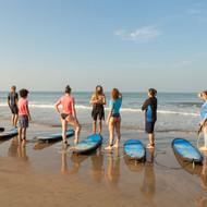 Серфинг в Гоа Арамболь.jpg