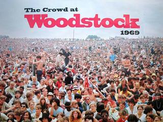 """ย้อนรอยต้นกำเนิดเฟสติเวล..กับ """"Woodstock"""" เทศกาลดนตรีบุปผาชนระดับโลก!!"""