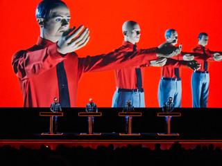Kraftwerk วงดนตรีอิเล็กทรอนิกส์แนว Robotic รุ่นแรกของโลก!!