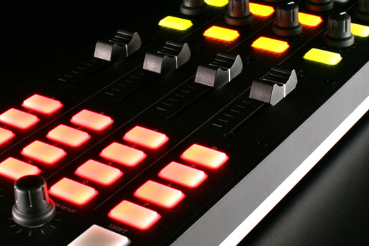 Xone_K2_Features_MIDI_Control.jpg