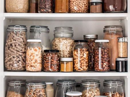 From cupboard to god / Du spirituel de notre  fond de cuisine