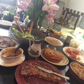 Sunday brunch #gâteau #pancake #haricots #clafouti
