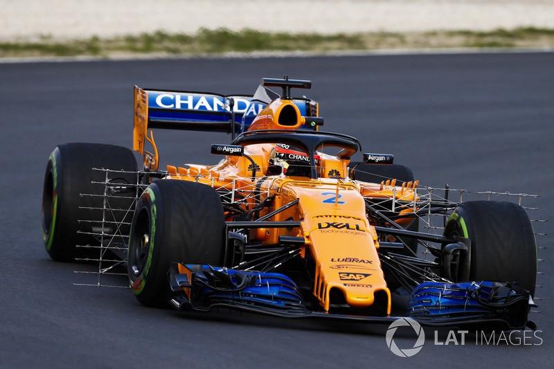 """La McLaren MCL33 équipée d'un treillis de capteurs mesurant """"l'effet de sillage"""" des pneus avant—Glenn Dunbar / LAT Images"""