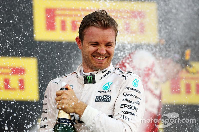 Rosberg célèbre sa 4e victoire de la saison