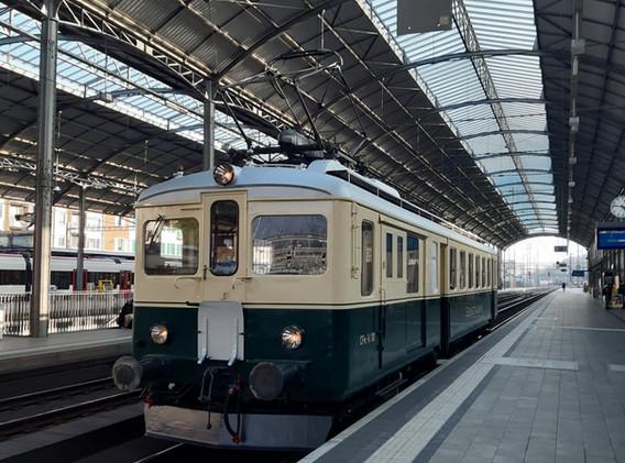 In Olten wartet der CFe2/4 101 auf die weiterfahrt Richtung Romanshorn.