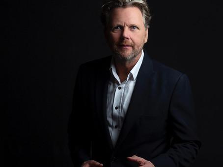 Tom Sligting aka Tom Lightning on How to turn your keyNote into an online TV-show…