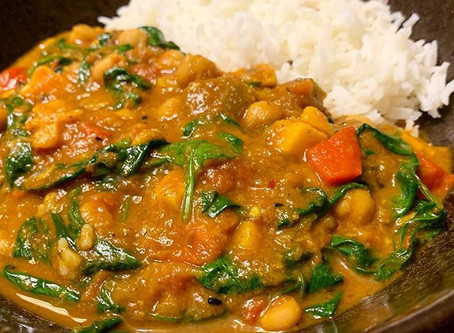 Simple and DELICIOUS Vegetable Curry