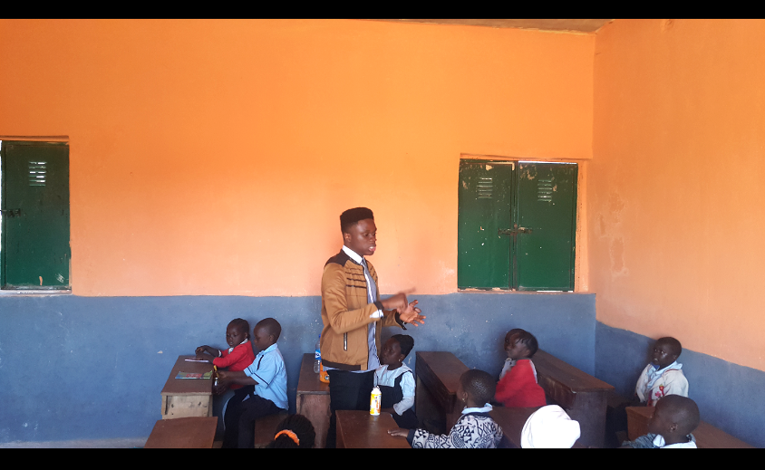 Mentee teaches less privileged kids