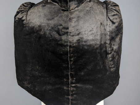 1887-1889 Velvet Capelet