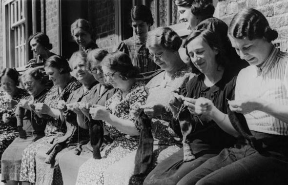 Women knitting and darning during WWII, Great Britain