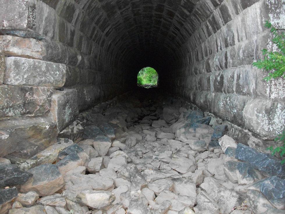 Arch_Sep2010RS.jpg