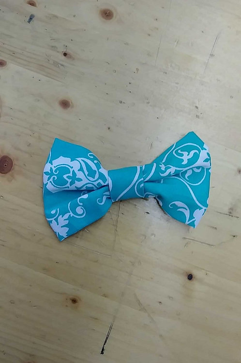 Turquoise damask bowtie clip