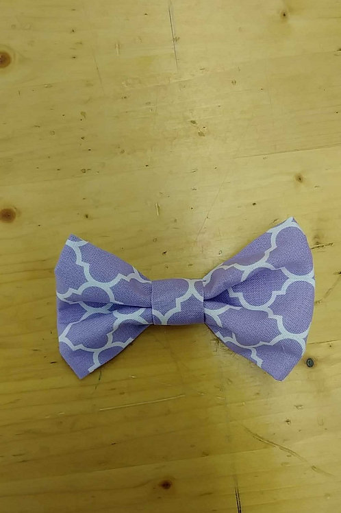 Lavendar design bowtie clip
