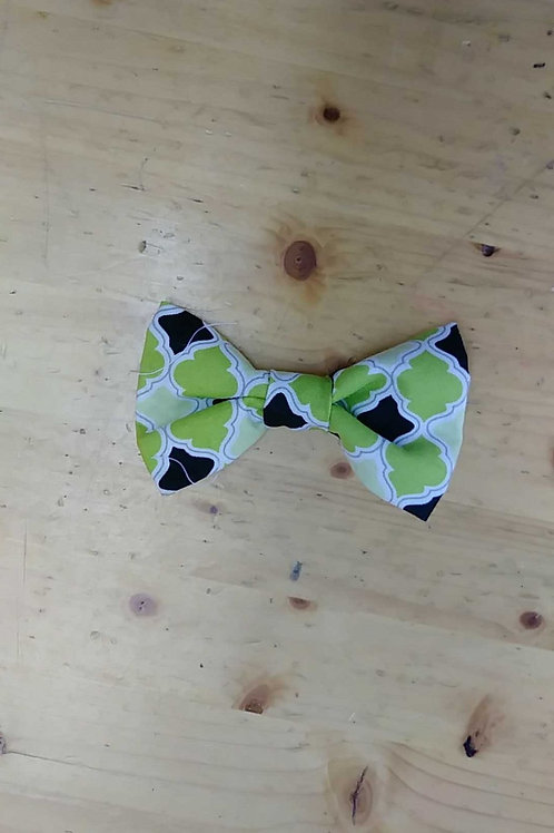 Green black bowtie clip