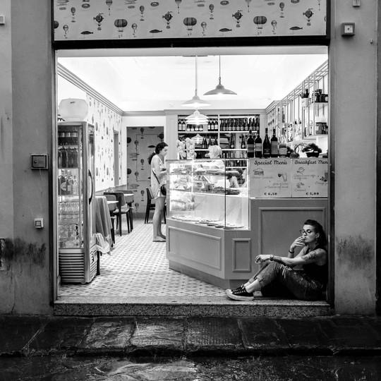Street photography bw X10F5162.jpg
