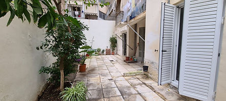 דירה למכירה באתונה שכונת פגרטי