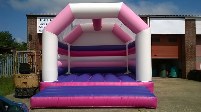 16.5ft x 20ft Pink, purple and white A F
