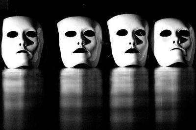 #1Fardemoi: cos'è l'identità oggi?