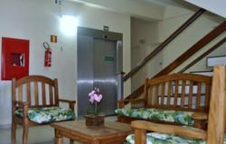 hall elevador e escada