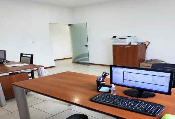 OFICINAS DE PLANTA BAJA
