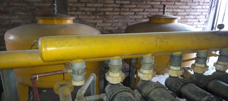 Bomba de distribución del riego por goteo