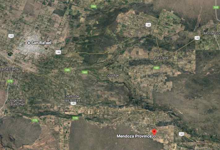 La Ciudad de San Rafael está ubicada a 48 km.