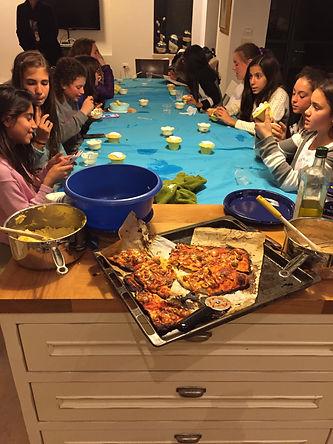 סדנת בישול ואפיה לילדים,סדנאת בישול לנערות,