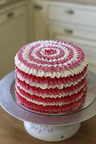עוגות זילוף,עוגות מזולפות,סדנת זילופים,סדנת זילוף,יפעת זילוף,יפעת פרי דפנא,עוגת מלמלה,