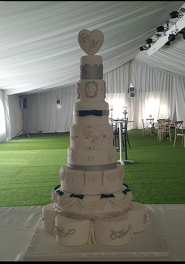 עוגות חתונה ,עוגת חתונה,עוגות מעוצבות,יפעת פרי דפנא,עוגת בר מצווה,עוגות בר מצווה,עוגות מיוחדות