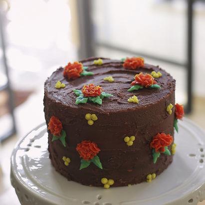 ,עוגות מעוצות,עוגות מזולפות,עוגות זילוף,סדנת זילופים,סדנת זילוף,יפעת פרי דפנא