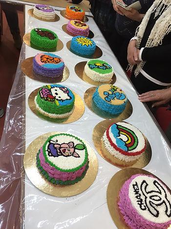 ,עוגות מעוצבות,ציור על עוגה,סדנת זילוף,עוגיות עם רויאל אייסינג,קורס זילוף