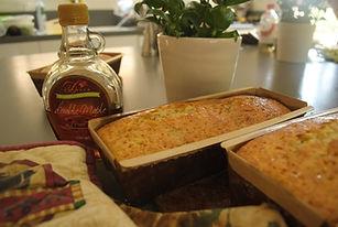 יפעת פרי דפנא-עוגות מעוצבות,עוגות מעוצבות,ציור על עוגה,סדנת זילוף,עוגיות עם רויאל אייסינג,קורס זילוף