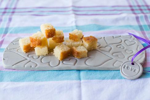 קרמיקה,יפעת פרי דפנא,עוגות מעוצבות,סטנדים לעוגות