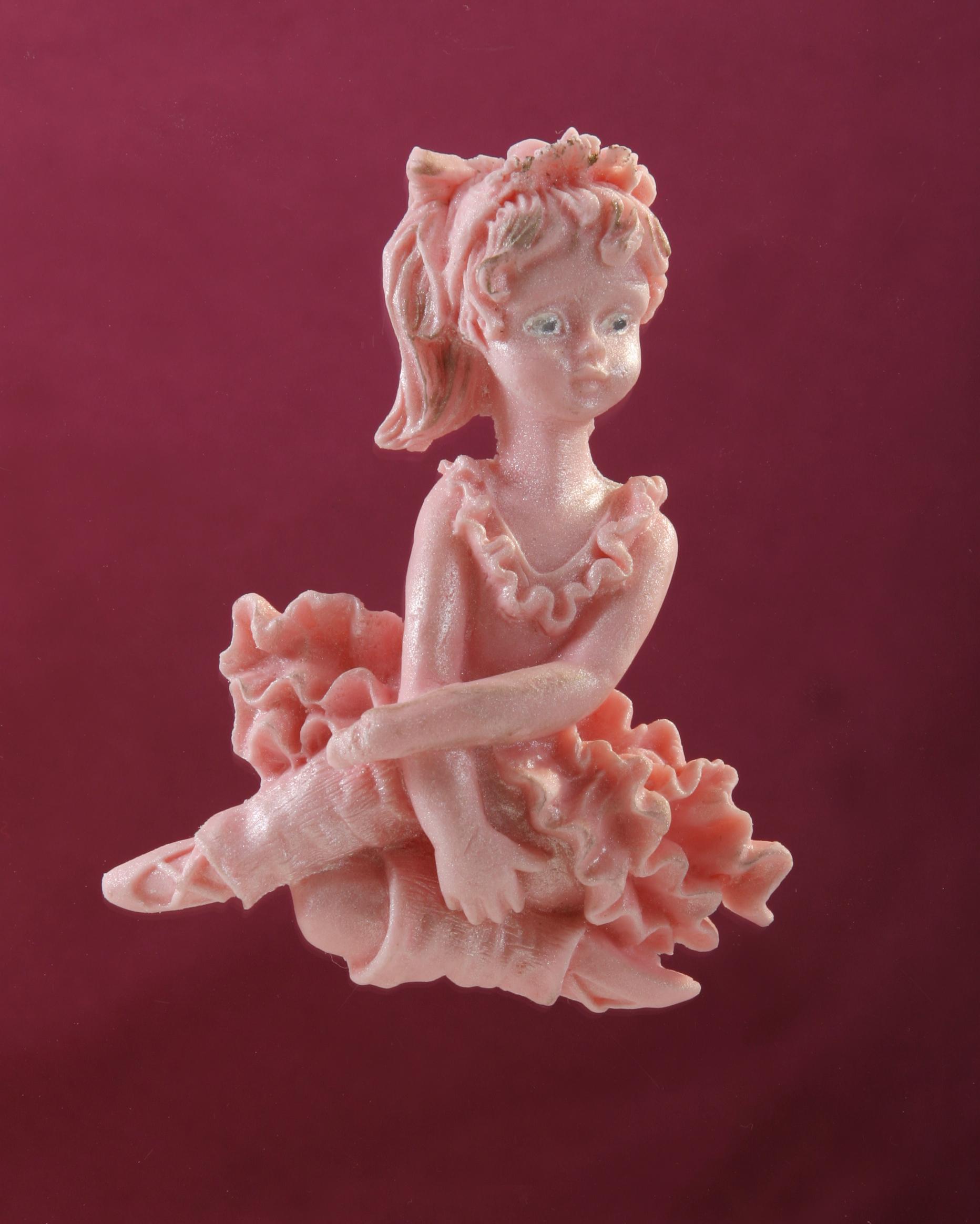 קישוטי סוכר-רקדנית יושבת