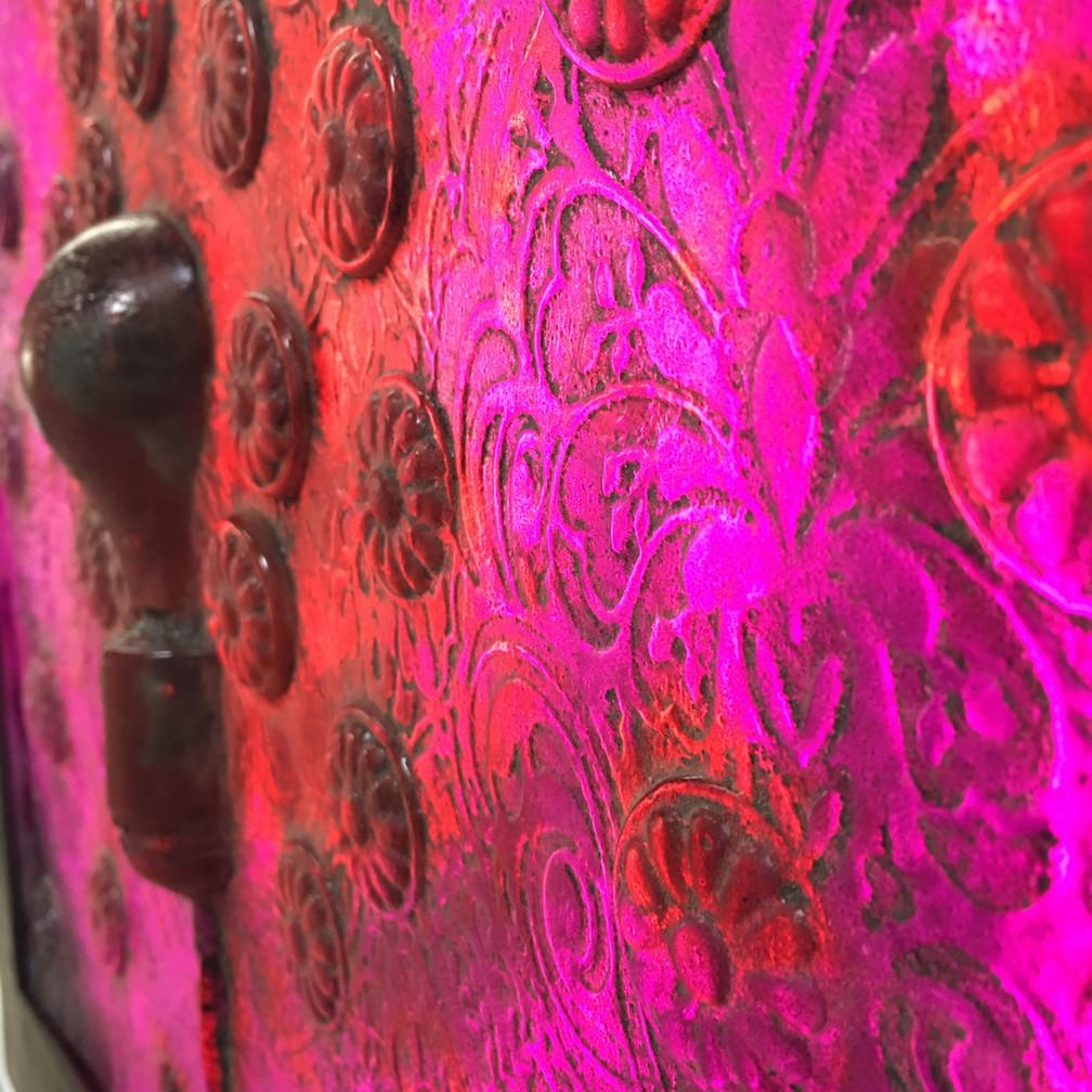 Pink Radiance  side