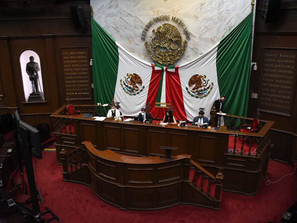 Recibe Congreso del Estado solicitud de licencia para separarse de su encargo a 9 diputados.