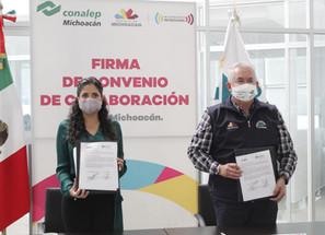 Conalep y Foturmich firman convenio a favor del estudiantado