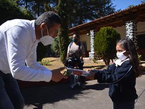 Inaugura Víctor Báez internet gratuito en comunidades de Pátzcuaro
