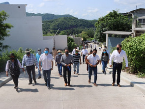 Con obra pública, lleva Gobierno del Estado bienestar a la población de Tuzantla
